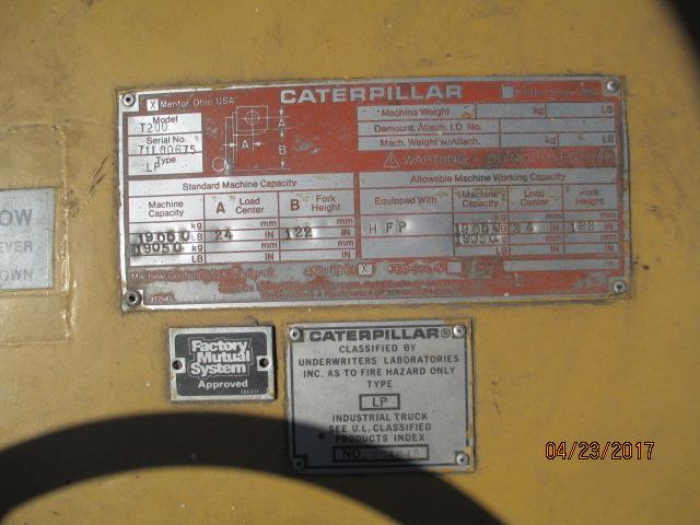 Lot 32 - Caterpillar Model T200, 20,000 LB Fork Lift