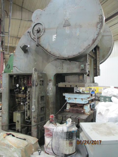 Lot 21 - Clearing Model OBS2-150-60- 30, 150 Ton Gap Frame Press
