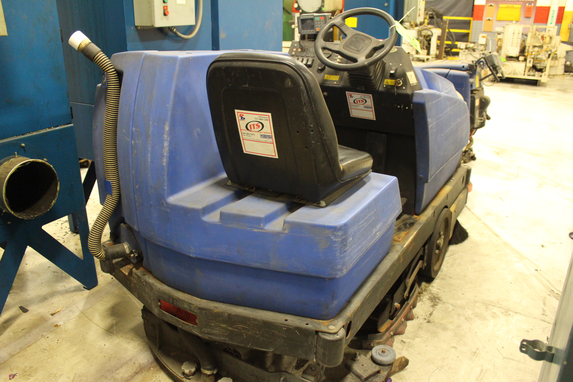 Lot 16 - American Lincoln Model 505-322 Floor Cleaning Machine