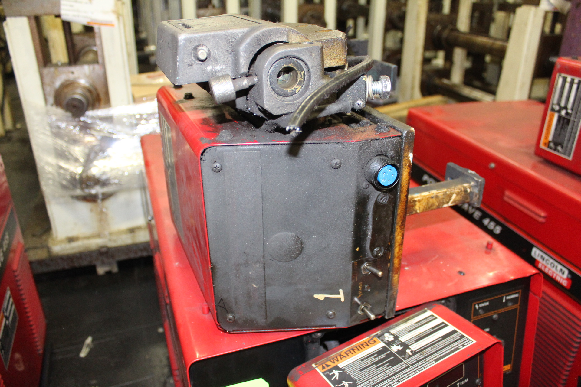 Lot 12 - Lincoln Power Wave 455 Welding Power Supply - Angola, Indiana