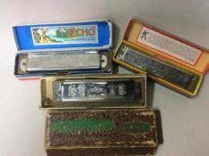 Lot van 3 mondharmonica's van Hohner, in originele doosjes