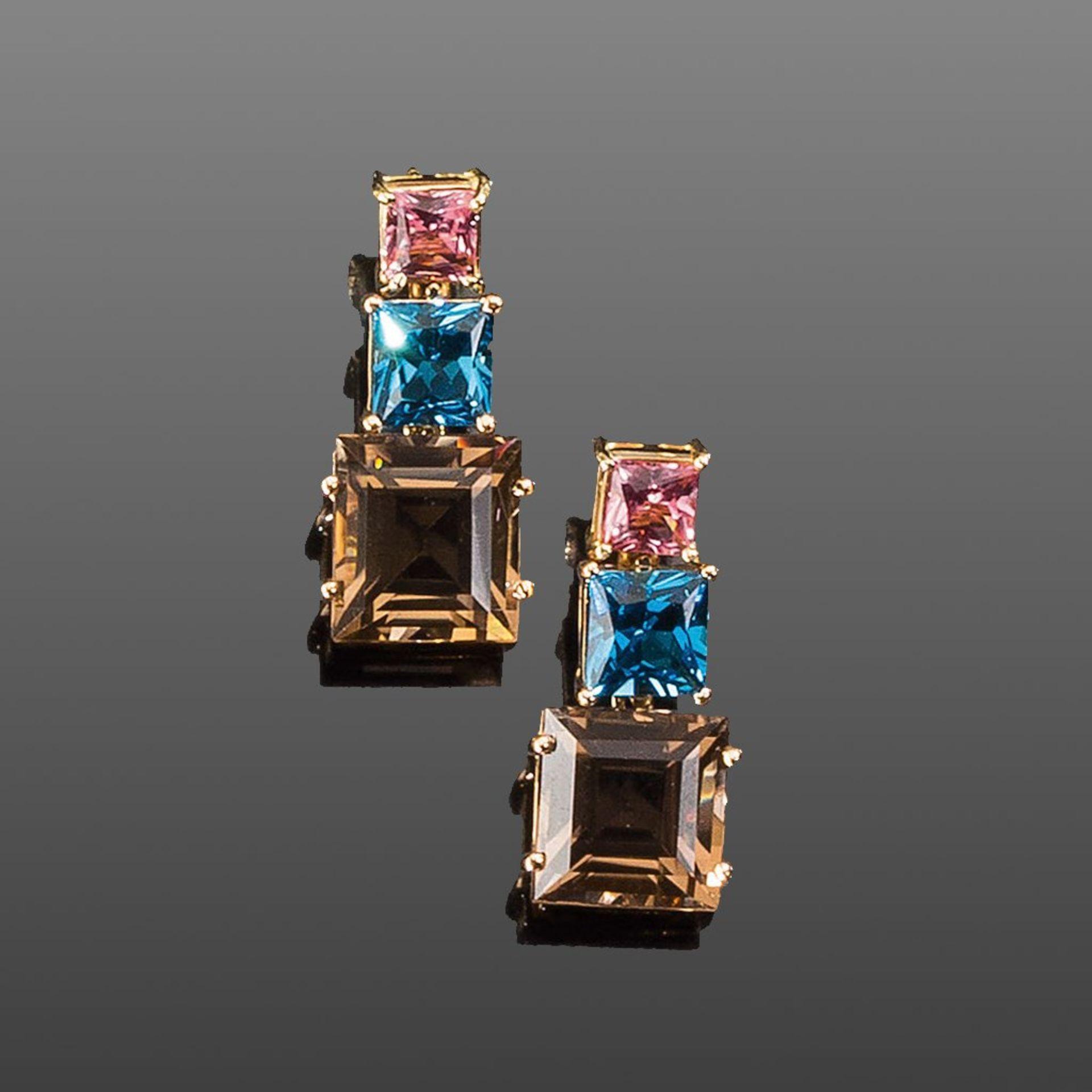 Paar Pendeloques. Roséfarbene Turmaline, Blautopase London blue und Rauchquarze ca. 27,37 ct.