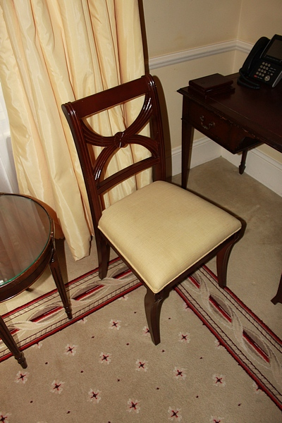 Lot 304 - A mahogany cross back Georgian style side chair with gold cream seat pad 400mm seat pitch