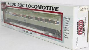 Diesellok H0. Proto 1000 Series 23976. Amerikanische Diesellok Budd RDC der Amtrak in OVP. Nur Probe