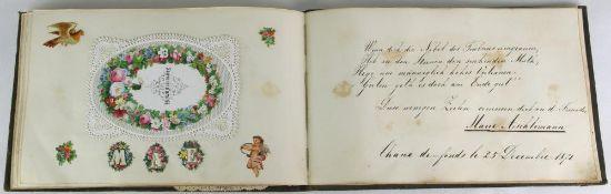 Poesiealbum. Deutsch 19. Jahrhundert. Mit Einträgen und diversen Oblatenbildchen. Größe Album ca. 23