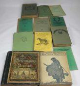 Konvolut Bücher. 12 Bücher zum Thema Jagd und Natur. Gesamtgewicht ca.5, 3 kg.