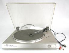 Plattenspieler. Dual CS 511. 1980-er Jahre. Funktion nicht geprüft. Guter Zustand.