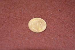 An Edward VII gold sovereign 1905, 7.82g