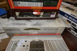 A group of Hornby model rail comprising: 00 gauge LNER 4-6-2 Loco Flying Scotsman R.398, boxed,