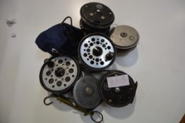 A group of fishing reels including Young & Sons Beaudex, Pridex, Condex and brass spring scales (7