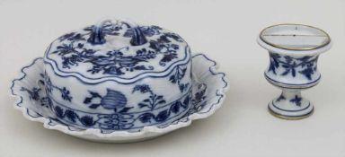 Butterdose und Zahnstocherhalter / A butter bowl and a toothpick stand, Meissen, 19. Jh. Material: