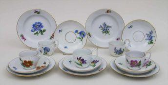 5 Gedecke mit Blumenmalerei und Goldrand / 5 settings with flowers and gilt rims, Meissen, 1860-1934