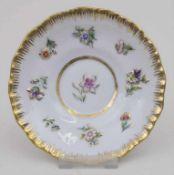 Zierschale oder UT mit bunten Blumen / A decorative dish or saucer with flowers, Meissen, um 1860