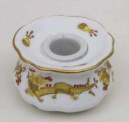 Tintenfass 'Reicher Drache' / An inkwell 'Rich Dragon', Meissen, um 1880 Material: Porzellan,
