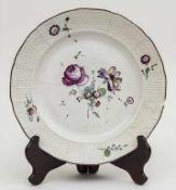 Teller mit Blumenmalerei / A plate with flowers, Frankenthal, um 1774 Material: Porzellan,