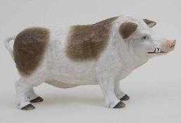 Großes Porzellan Wollschwein / A huge porcelain wooly pig, wohl Paris, um 1900 Material: