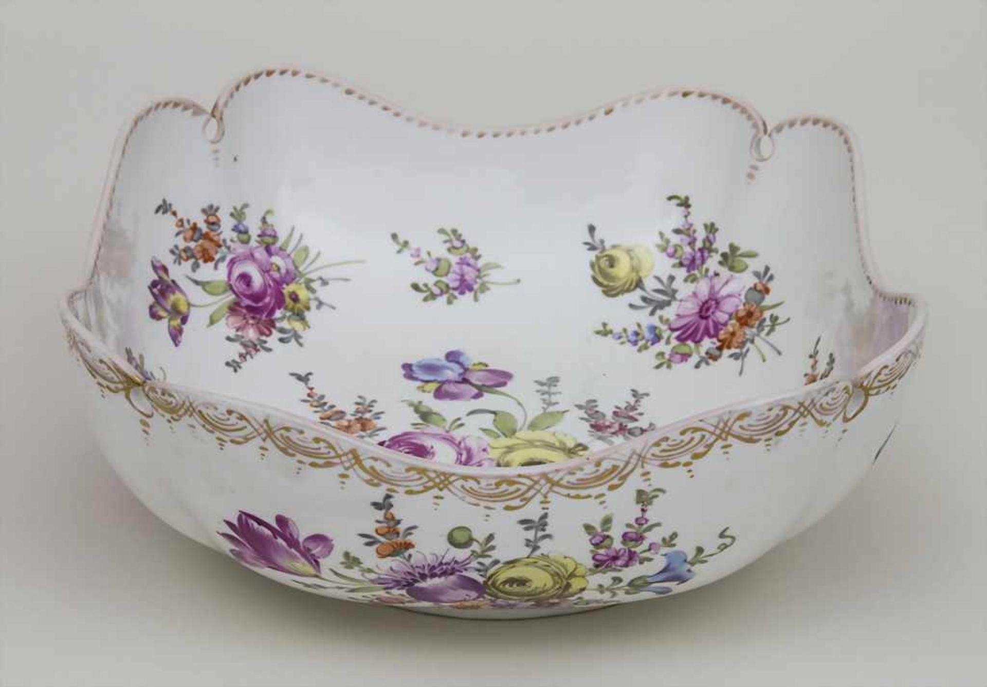 Schale mit Blumenmalerei / A bowl with flowers, Meissen, um 1860 Material: Porzellan, polychrom - Bild 2 aus 3