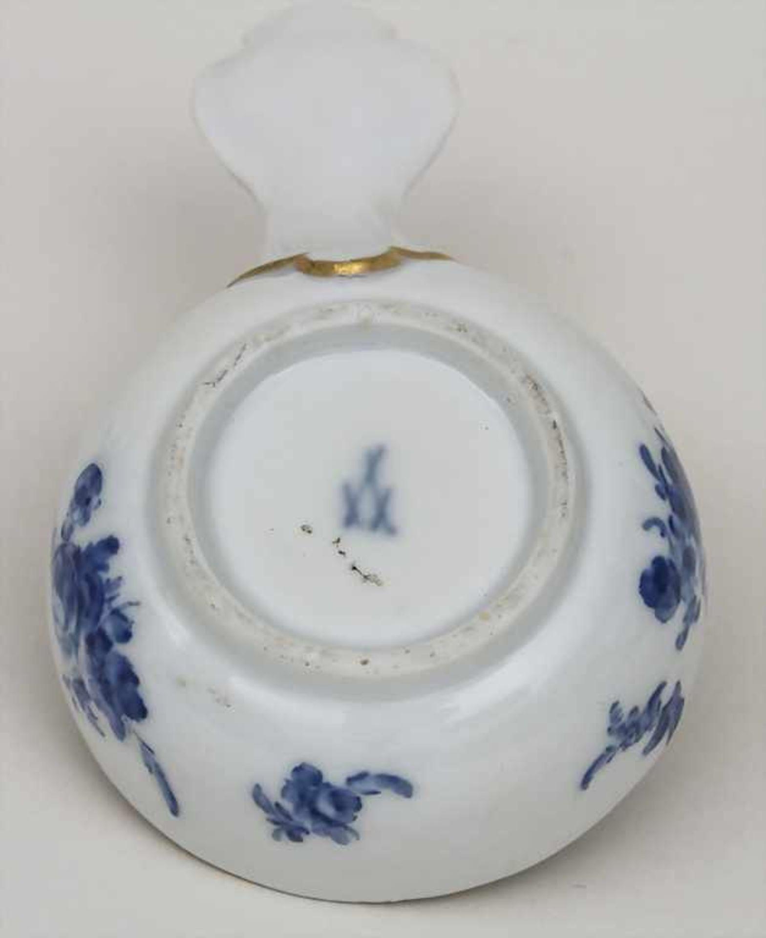 Kleines Henkelgefäß / A small dish with handle, Meissen, Anfang 19. Jh. Material: Porzellan, - Bild 2 aus 2