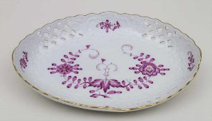 Ovale Schale 'Indianische Blume' / An oval bowl with Indian flower, Meissen, Mitte 20. Jh. Material: