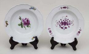 2 tiefe Teller / 2 soup plates, Meissen, Ende 19. Jh. Material: Porzellan, polychrom bemalt,