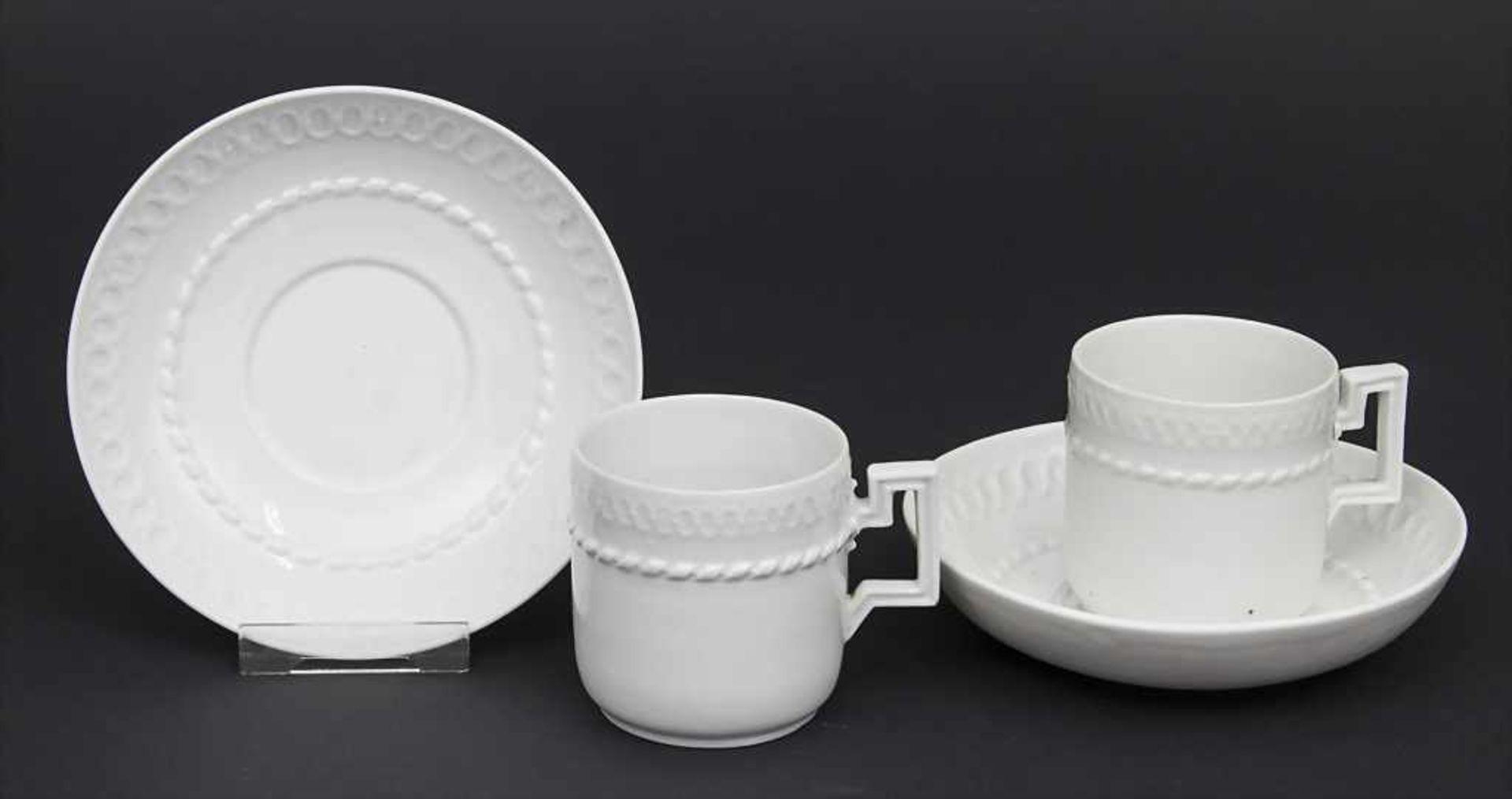 Paar Tassen mit UT / A pair of cups and saucers, Meissen, um 1820 Material: Porzellan, weiß,