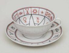 Tasse und UT mit Sternzeichen und Aszendenten / A cup and saucer with zodiac signs and ascendants,