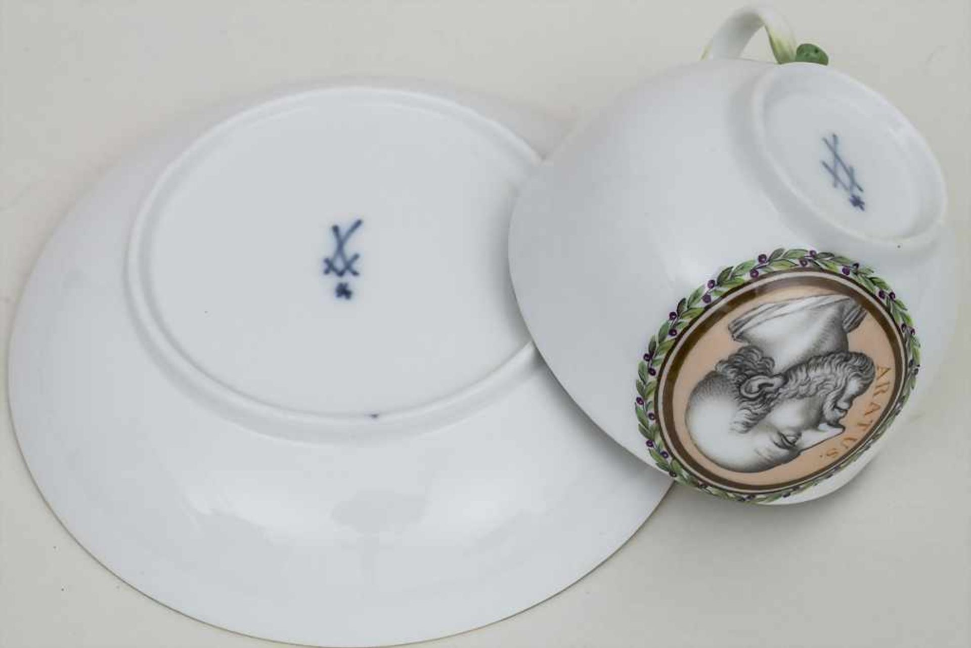 Tasse und UT mit Philosophen / A portrait cup and saucer with 2 philosophers, Meissen, letztes - Bild 3 aus 3