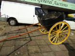 Lot 640 - GOVERNESS CART