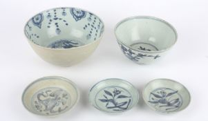 A late Ming Swatow bowl, the interior painted with a heron, another late Ming Swatow bowl painted