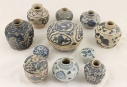 A small collection of Chinese late Ming Swatow blue and white pottery to include a small pot with