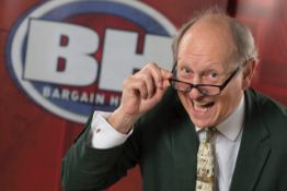 A tour of the BBC Casualty set with Bargain Hunt expert Charlie Ross
