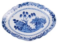 A large 18ct century Chinese export ware blue and white dishthe oval lobed porcelain platter painted