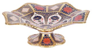 A modern Royal Crown Derby Old Imari pattern comport No 1128, of typical colourways