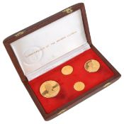 A Commonwealth of the Bahama Islands 1971 gold coin proof setin a fitted brown leather case with 100