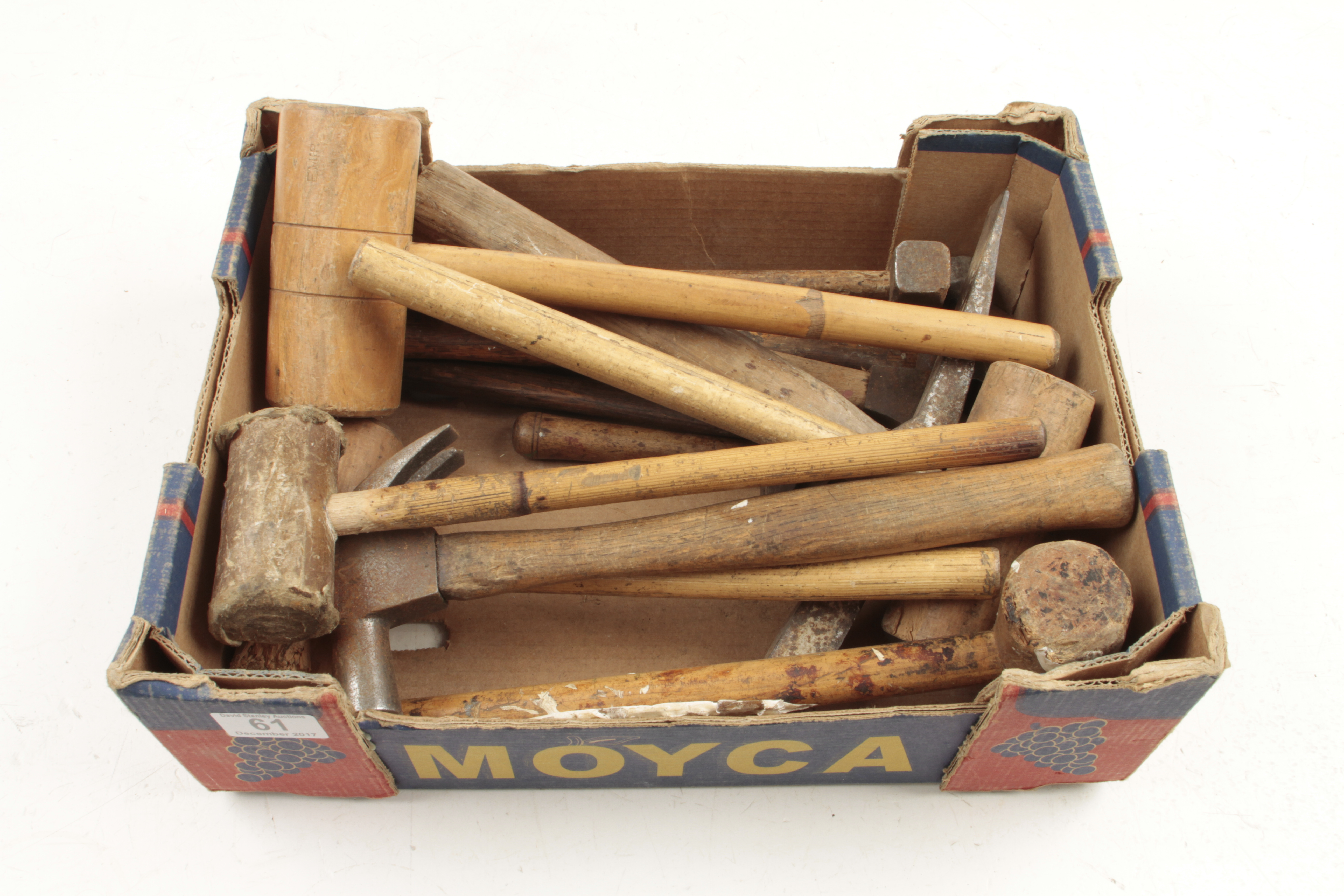 Lot 61 - A box of hammers and mallets G+