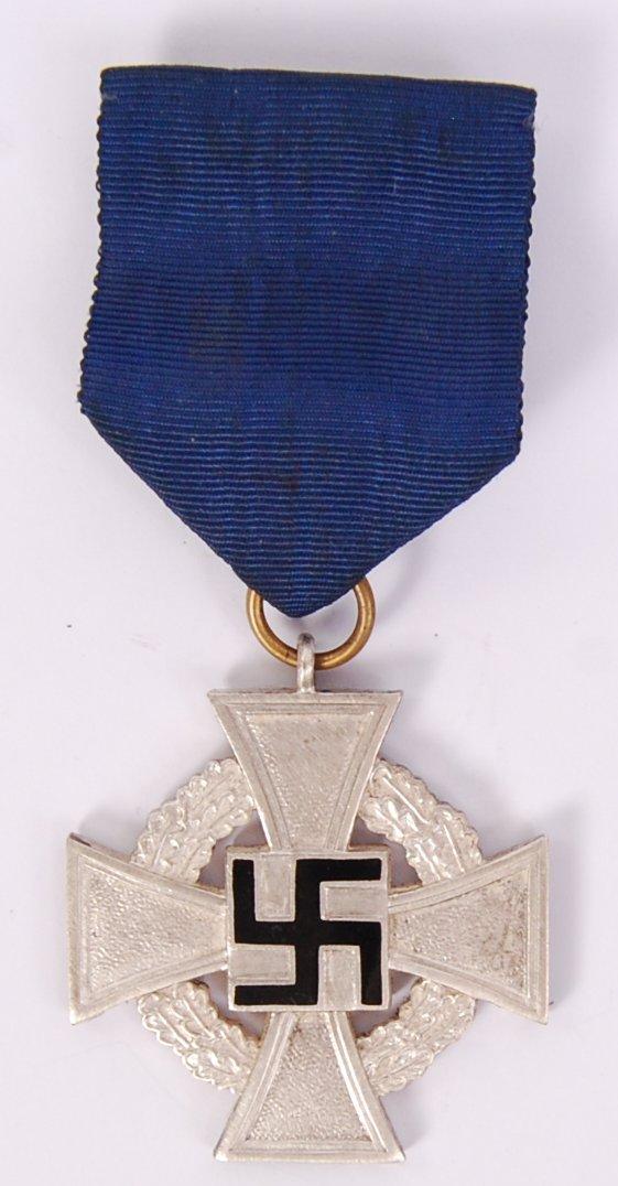 Lot 42 - GERMAN LONG SERVICE MEDAL