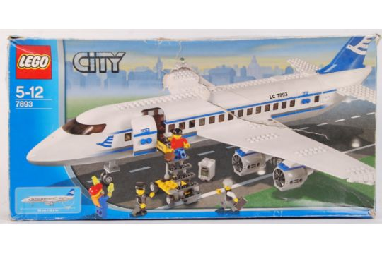 A Lego City Set 7893 39 Passenger Plane 39 Vendor Assures Us