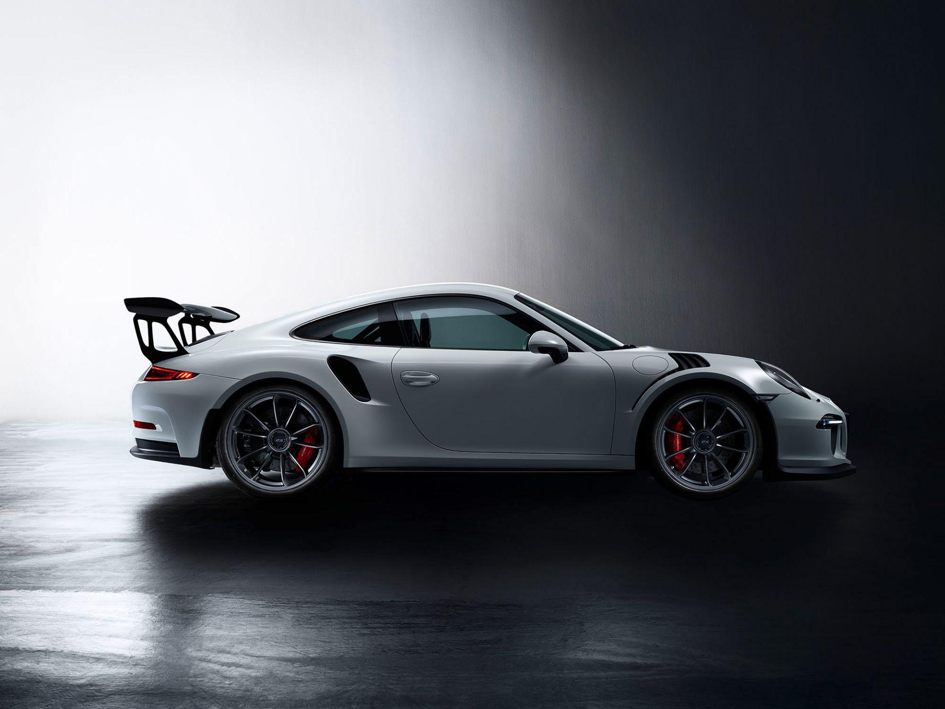 Los 5 - Triptichon Porsche 911 GT 3 RS Galeriepreis: 3300,00 Euro Drei Motive in Fine Art Print Format: 80 x