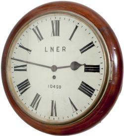Great Northern Railway 14in mahogany cased fusee clock by Potts & Sons of Leeds. The wire driven
