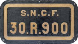 SNCF cast brass tenderplate 30-R-900 ex SNCF 141R 2-8-2 locomotive. Face restored and rear