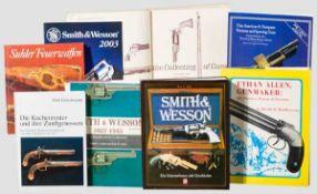 Konvolut Bücher zu Smith & Wesson und bekannte Hersteller Roy Jinks, Smith & Wesson, ein Unternehmen