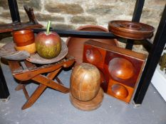 A COLLECTION OF VARIOUS WOODENWARES, A FOLDING STOOL, BOWLS ETC.
