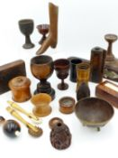 A GROUP OF ENGLISH, EUROPEAN AND OTHER TREEN TO INCLUDE CUPS, BEAKERS, UTENSILS AND ORNAMENTAL ITEMS