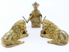 A PAIR OF VICTORIAN GILT BROZE FIGURES OF RECUMBANT LIONS 9CM LONG TOGETHER WITH A GILT BRONZE
