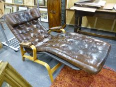 A GOOD QUALITY BENTWOOD RECLINING DAY BED WITH GOOD QUALITY LEATHER CUSHION