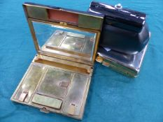 THREE VINTAGE FRENCH MAKE UP COMPACTS.