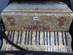 A GOOD QUALITY PIANO ACCORDIAN, COOPERATIVA L'ARMONICA DE LUXE, STRADELLA 120 BASS.