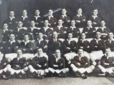 A GOOD VINTAGE PHOTOGRAPH DEPICTING THE BRITISH RUGBY FOOTBALL TEAM 1930. NEW ZEALAND TOUR. BY CROWN
