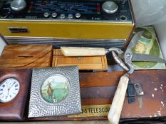 A BOX OF COLLECTABLES TO INCLUDE A CASED POCKET WATCH AND OTHERS, A TELESCOPE, ROBERTS RADIO, ETC.