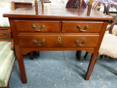 A LATE GEORGIAN MAHOGANY LOW BOY WITH TWO SHORT AND ONE LONG DRAWER